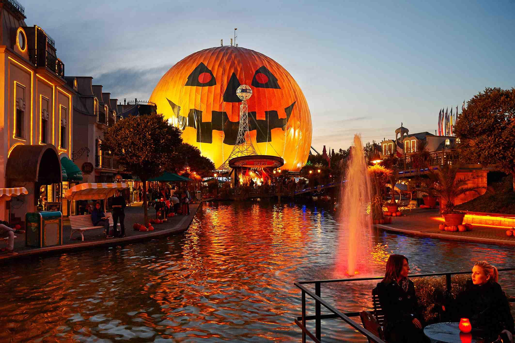 Bild:Gespenstischer Halloween-Spaß im Europa-Park